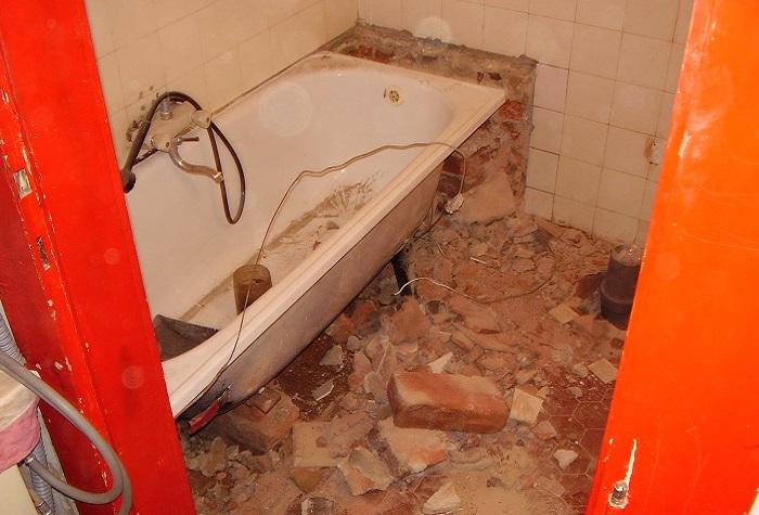 vybourání koupelny
